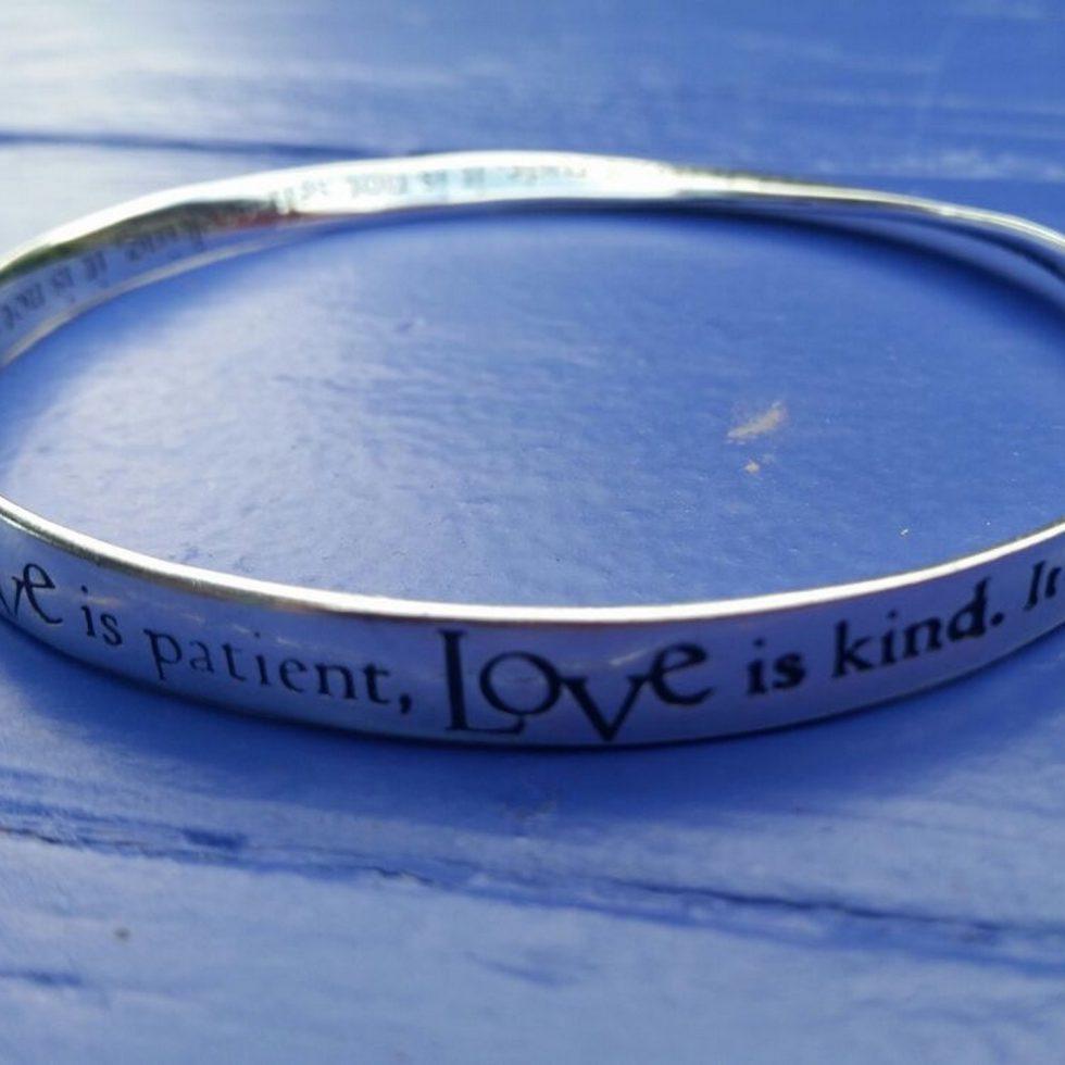 love-bracelet-2000x1500